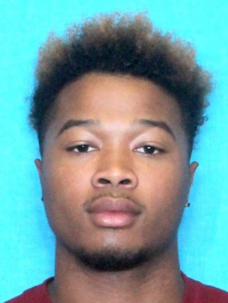 Latest: Suspect arrested in stabbing of LSU tight end Dillon Gordon in Tigerland _lowres