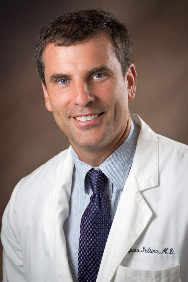North Oaks names its Physician of the Year _lowres