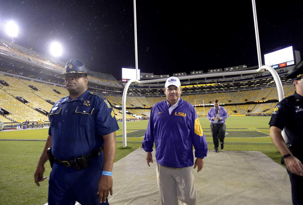 No game? Experts disagree on how Saturday's cancellation will affect LSU's season _lowres