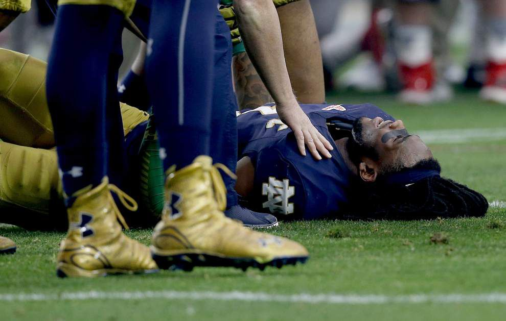 Knee surgeries mar prospects for talented linebackers Myles Jack, Jaylon Smith _lowres