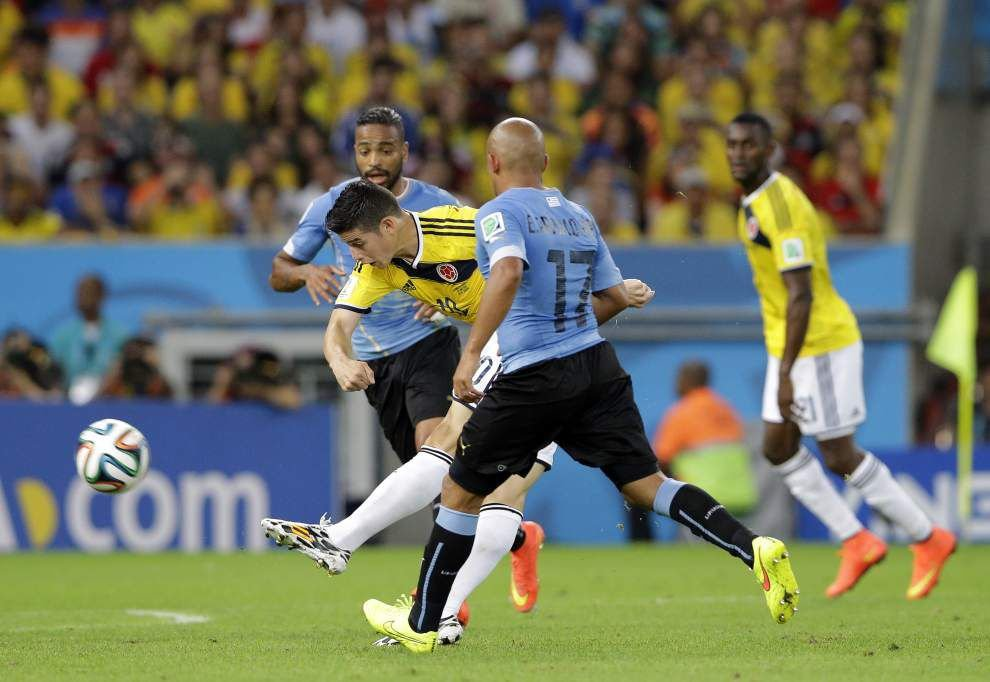 James Rodriguez's two goals key Colombia _lowres