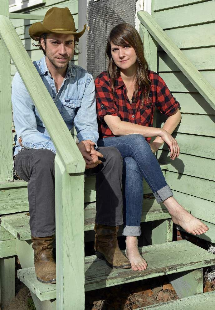 Jodi James and Clay Parker, both songwriters, team up for new release _lowres