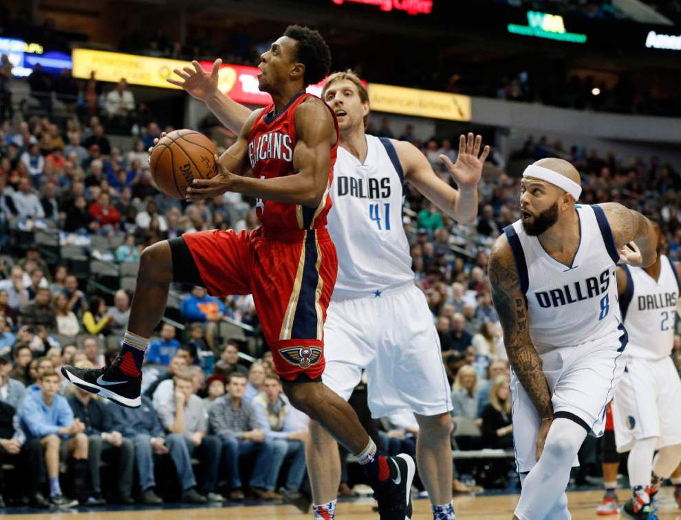 Pelicans slip to 0-6 after 107-98 loss to the Mavericks _lowres