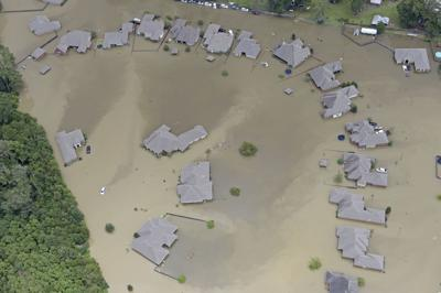 LIV.Flooding bf 0945.jpg