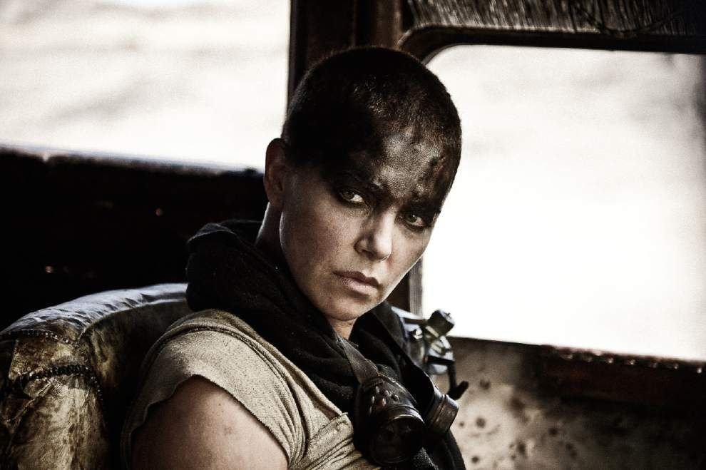 Review: Dazzling 'Mad Max: Fury Road'is a can't miss thrill _lowres