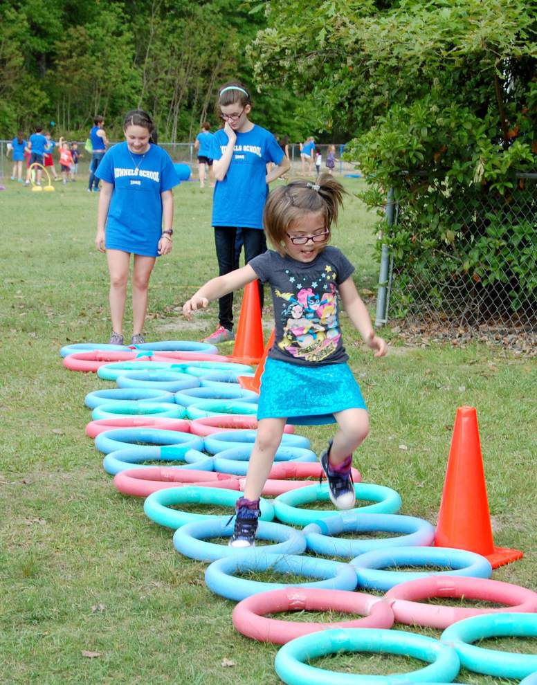 Workout initiative gets students fit _lowres