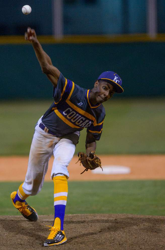 Karr runs away from East Jefferson _lowres