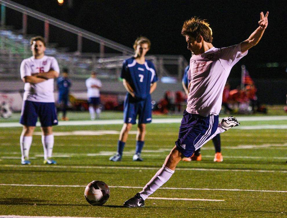 Teurlings boys soccer team sets tone early in victory over Carencro _lowres
