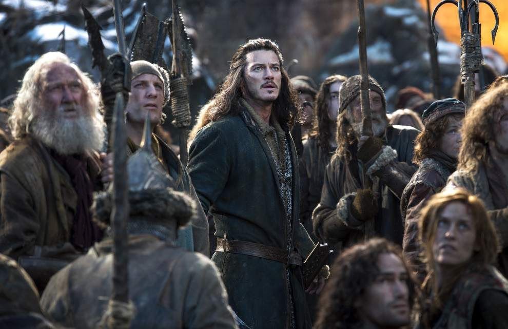 'The Hobbit' tops box office for 3rd weekend _lowres