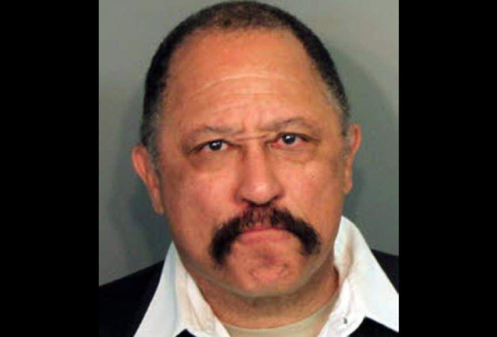 Judge Joe Brown challenging contempt charges _lowres