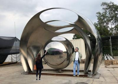 New sculpture Mississippi River