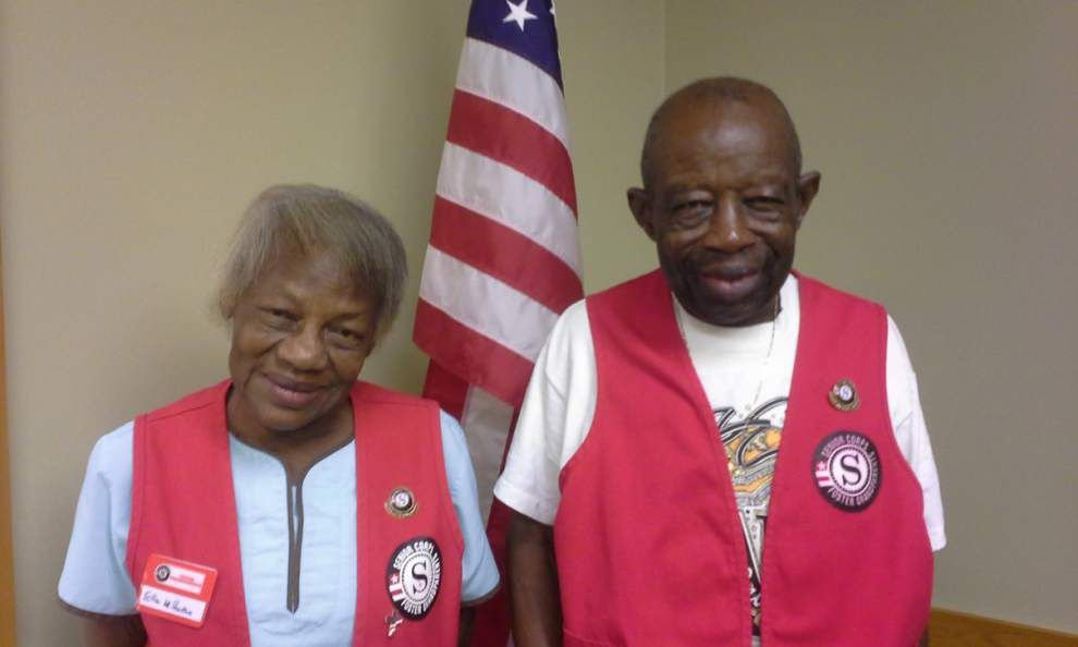 Volunteers honored at pinning ceremony _lowres