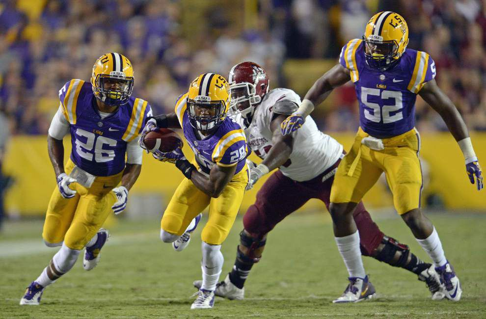 Video: LSU linebacker Kendell Beckwith hopes Tigers defense can build on New Mexico State game _lowres
