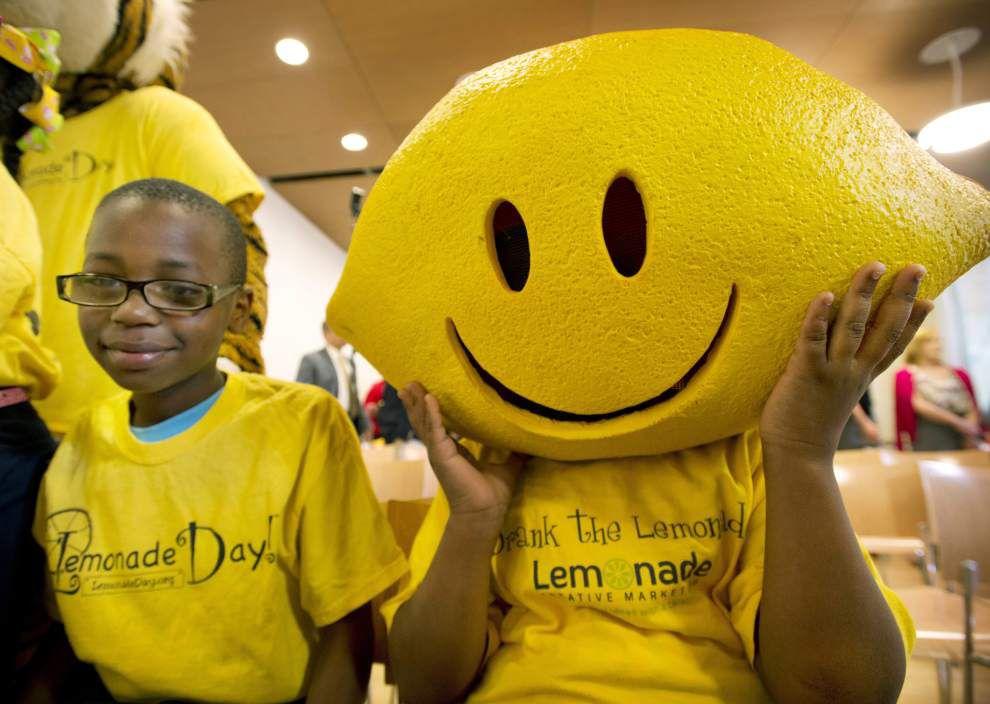 Volunteers prepare for fifth annual Lemonade Day _lowres