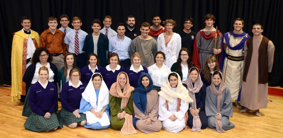 Chapelle and Rummel students collaborate for a live Way of the Cross _lowres