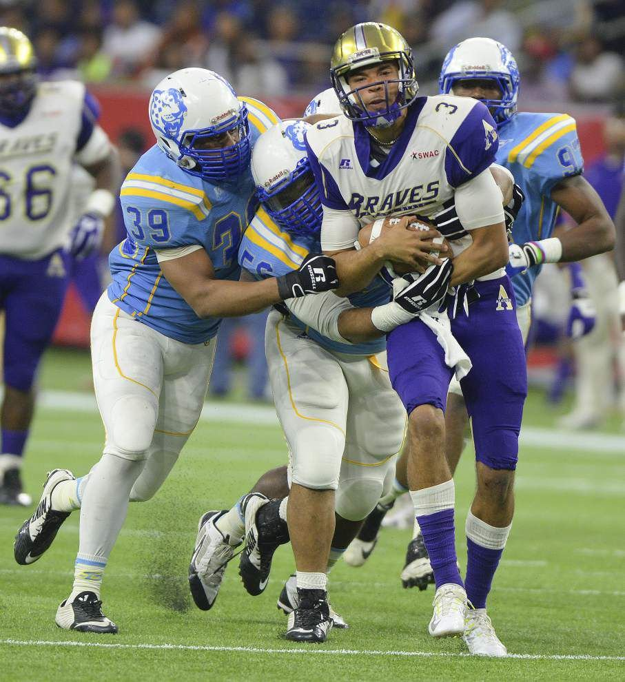 Alcorn set tone with big plays _lowres