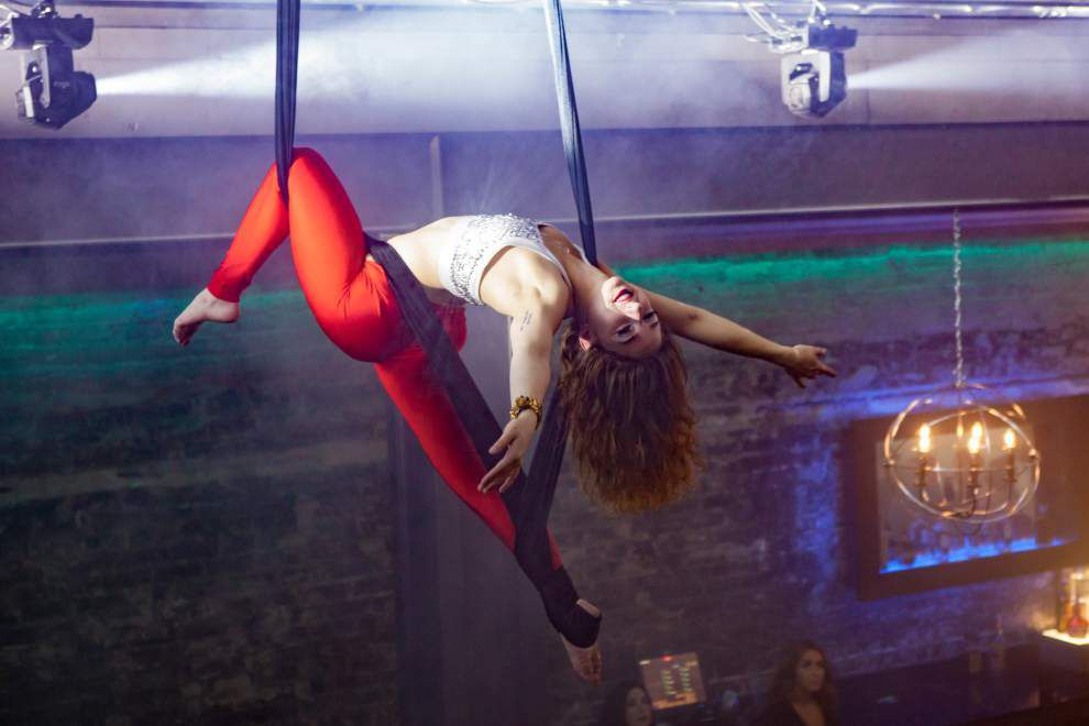 In the sky: Silk aerialists are growing in popularity in BR _lowres