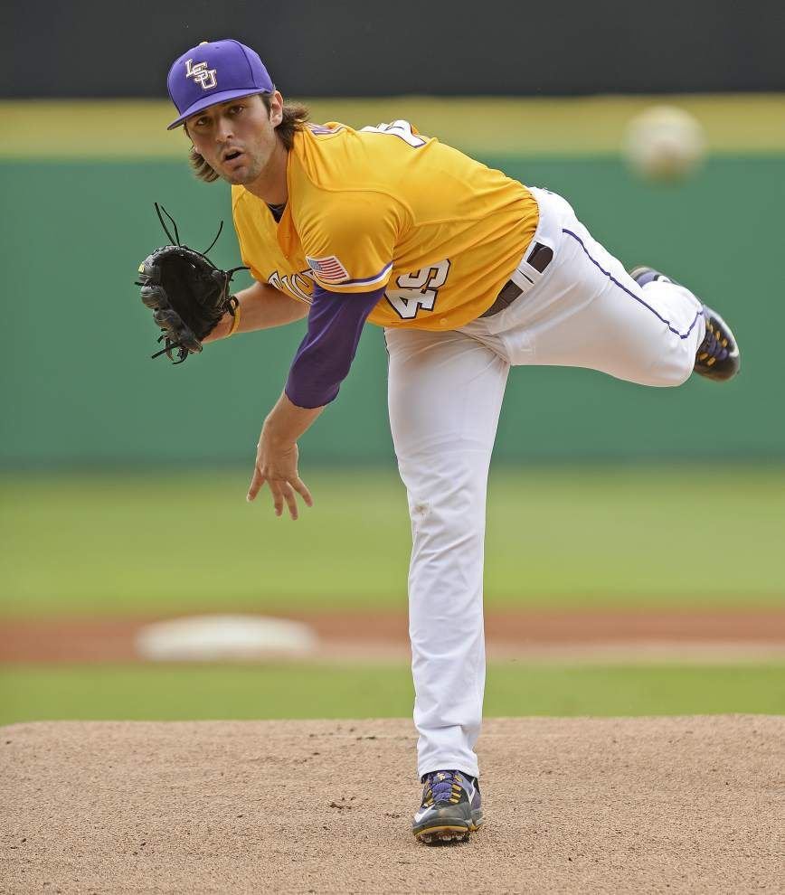 "No. 3 struggles: LSU ""TBA"" for Sunday's starter against Missouri after Austin Bain's rocky outing _lowres"