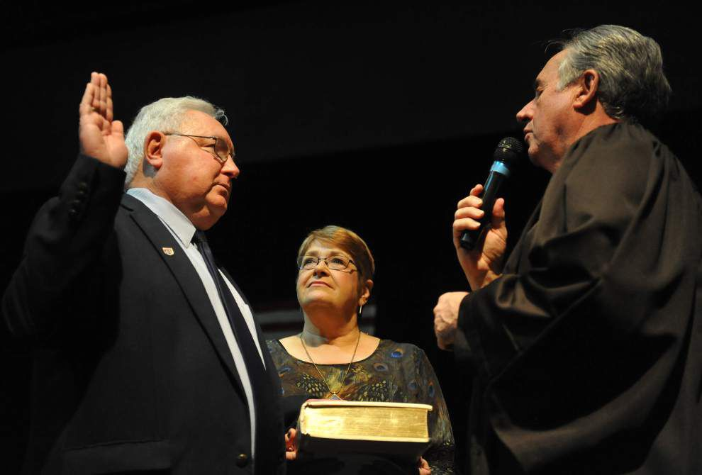 Swearing-in in St. Landry: Fontenot says key to economic growth is relationships with other parishes _lowres
