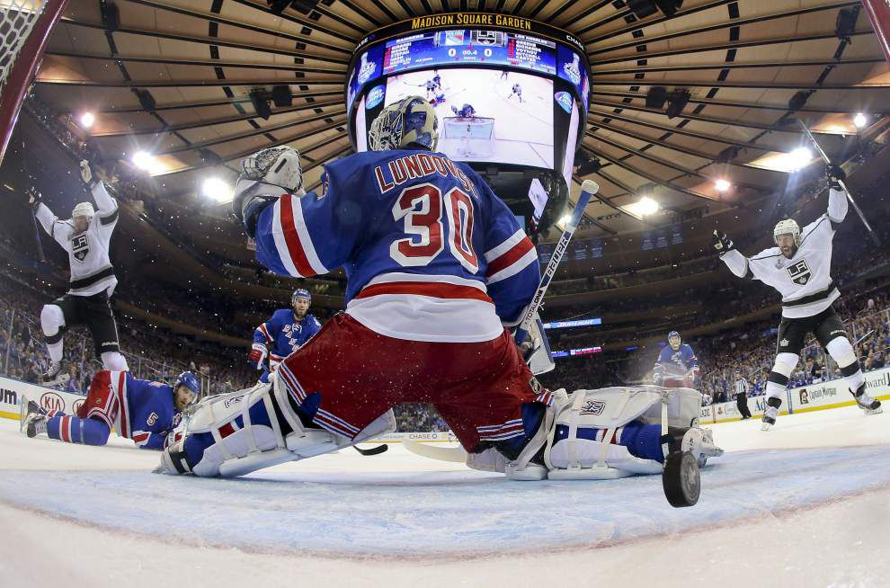 Down 3-0, Rangers try to avoid Stanley Cup sweep _lowres