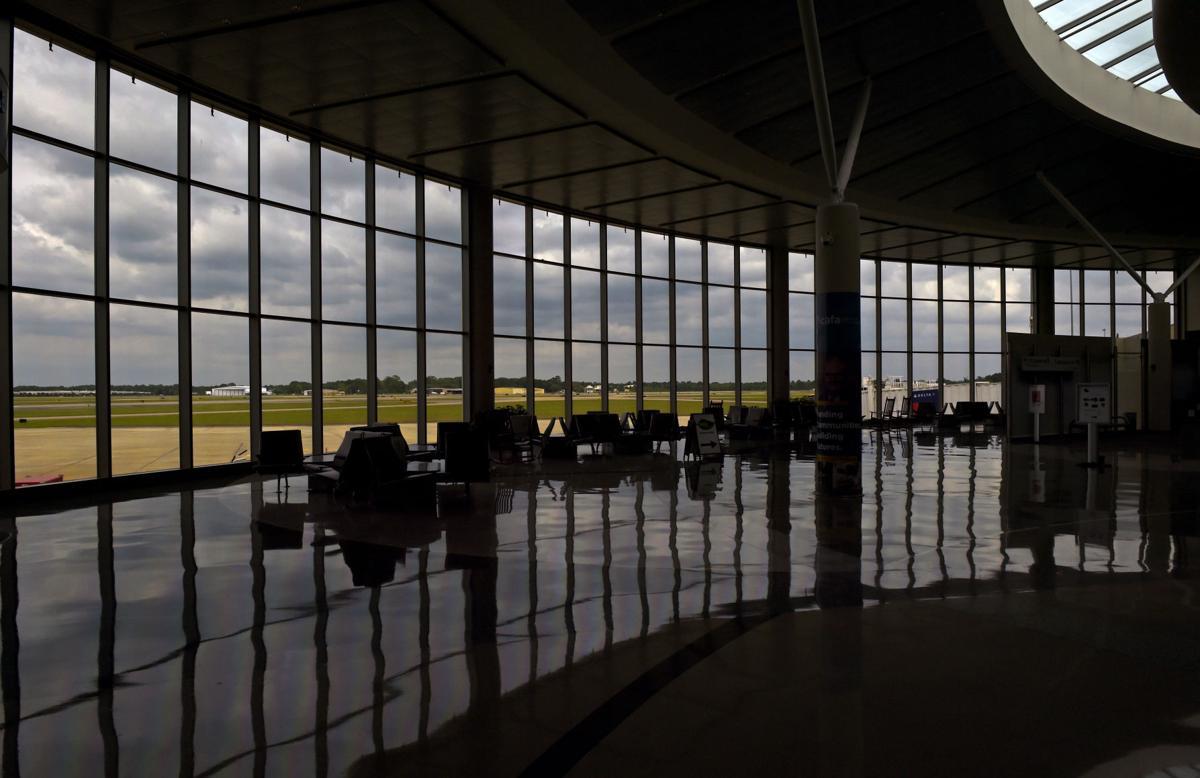 BR.airportbiz.adv HS 517.JPG
