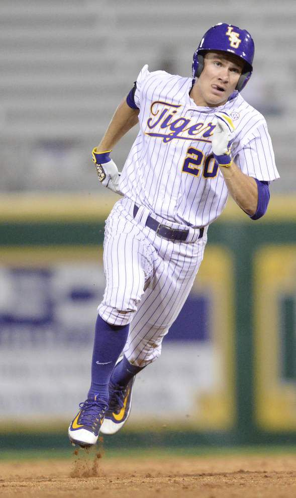 Erratic Southern pitching gives LSU an 11-1 midweek win _lowres