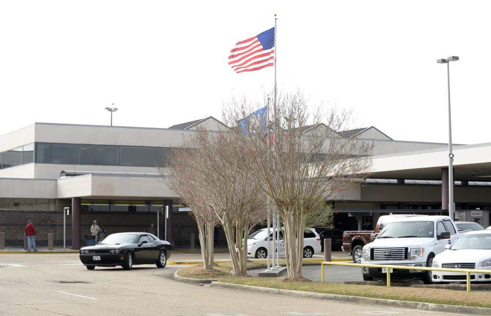 Economic development groups support Lafayette airport tax proposal _lowres