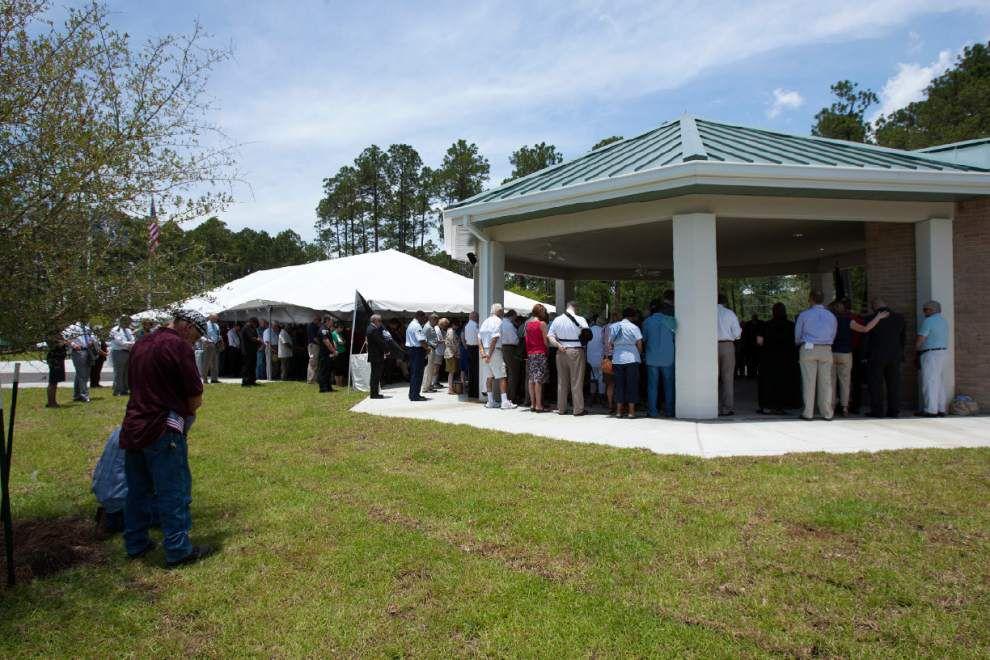 Southeast La. Veterans Cemetery opens in Slidell _lowres