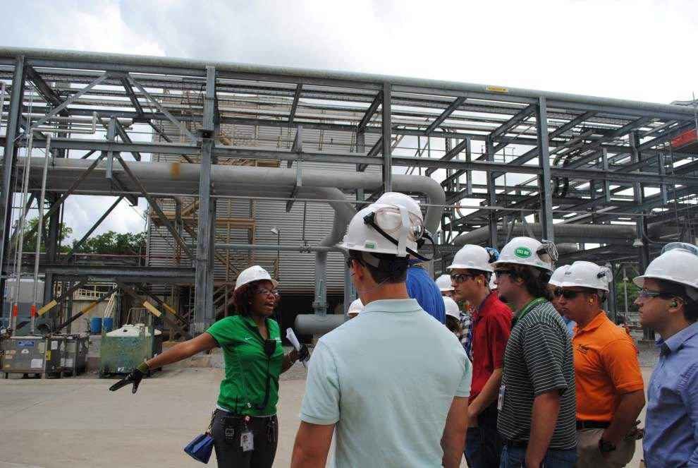 Students build skills during BASF summer internship _lowres