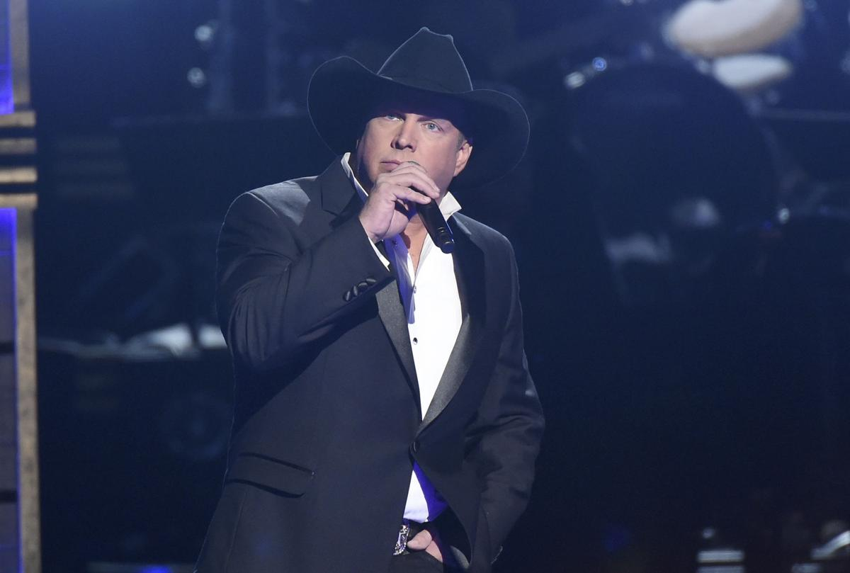 Garth Brooks copy for Red