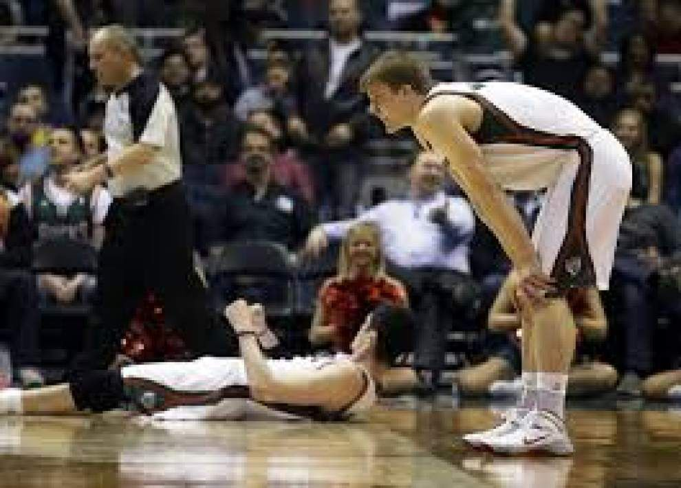 Pelicans sign Nate Wolters to a 10-day contract _lowres