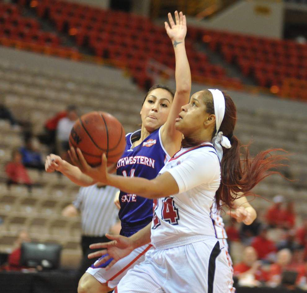 Staunch defense carries Cajuns women by Northwestern State _lowres