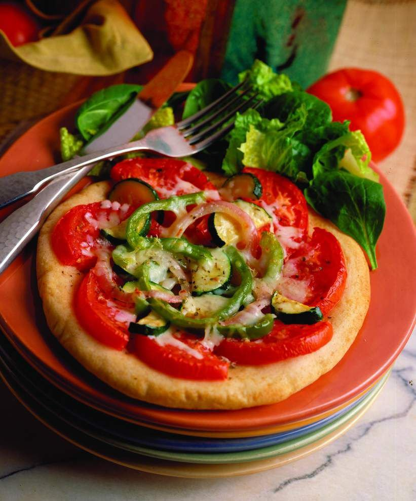 Eat Your Vegetables: Fresh Vegetable Pita Pizza _lowres