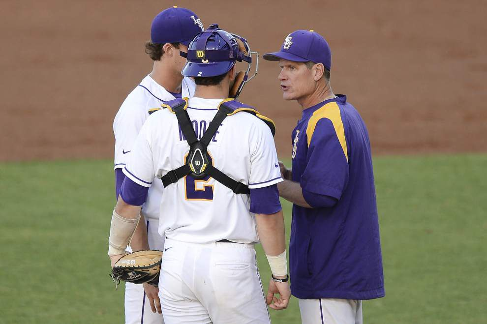 Alan Dunn mastermind of LSU pitching staff _lowres