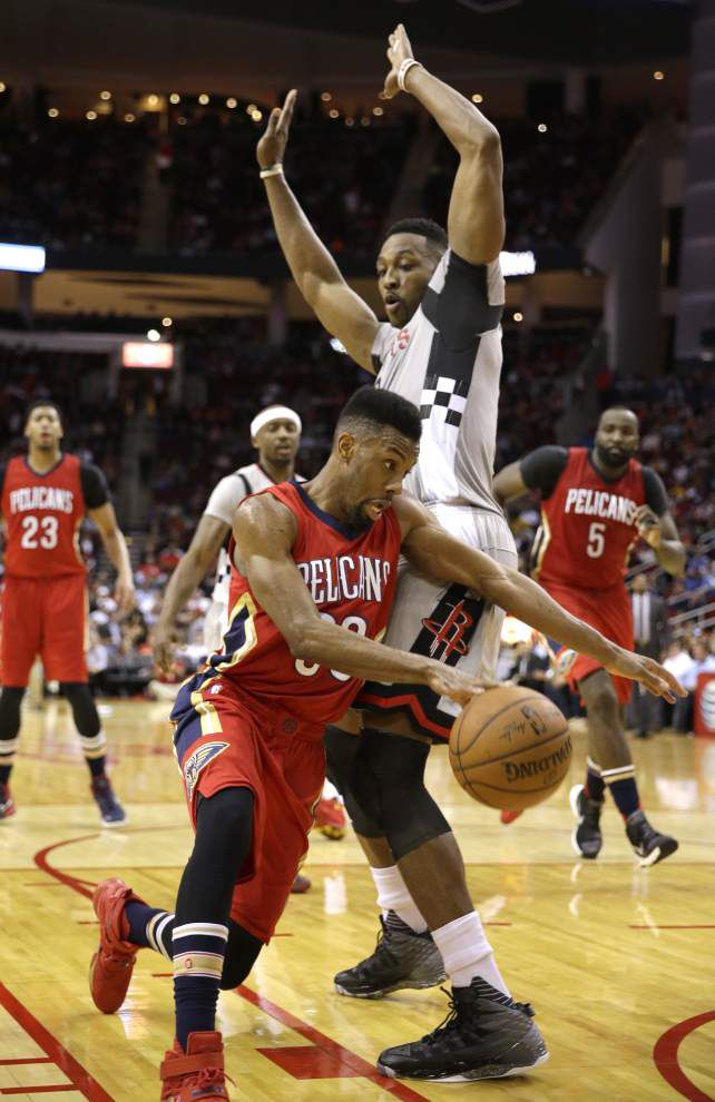 Patrick Beverley's key 3-pointer propels Rockets by Pelicans _lowres