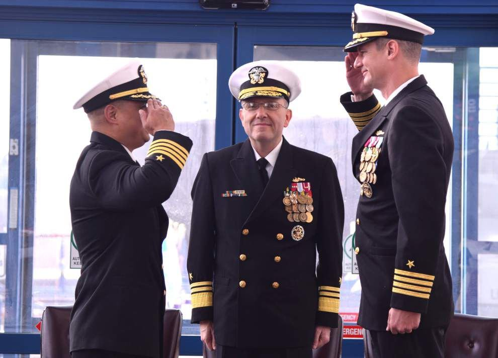 Baton Rouge Navy captain assumes command of Squadron 12 _lowres