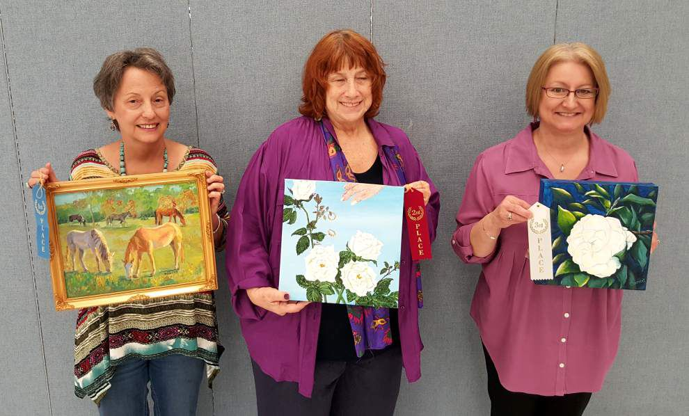 St. Charles Art Guild offers workshop on acrylics _lowres