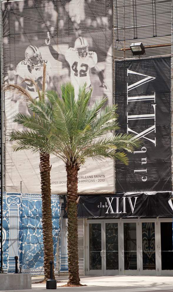 Super Bowl image including Darren Sharper to be removed from Champions Square _lowres