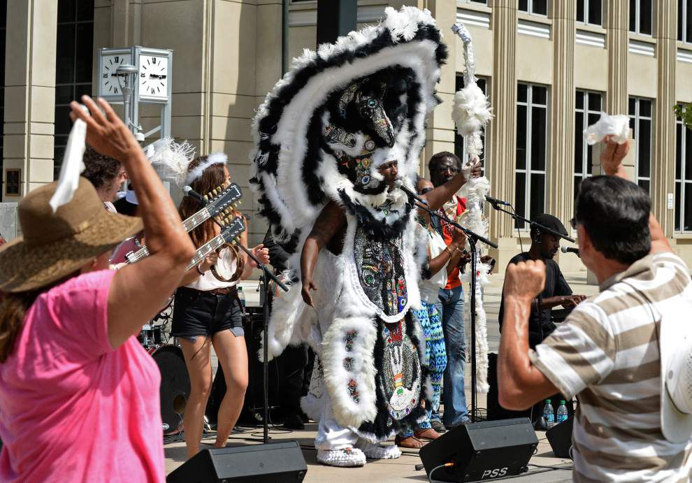 Photos: 'Sunday in the Park' dancing and fun at N. Boulevard Town Square marks the end the spring season events for 2015 _lowres