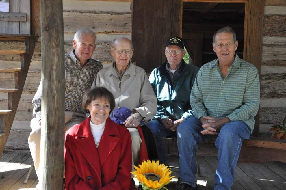 Family, friends celebrate 98 happy years _lowres