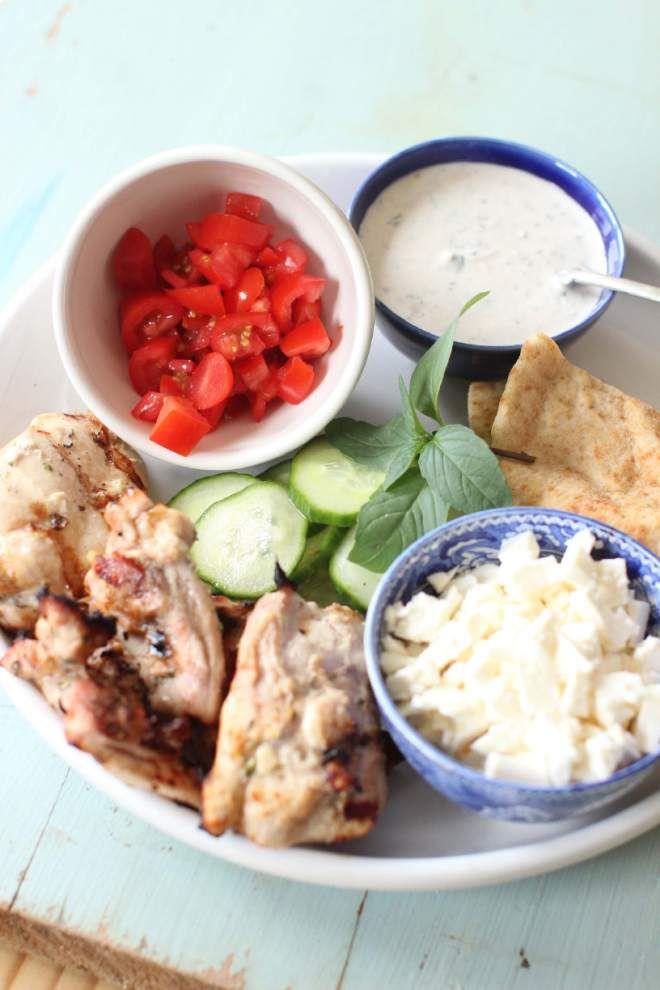 Grilled Greek Chicken Pitas _lowres