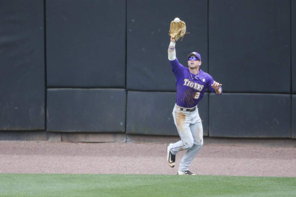 'It was gigantic': LSU rolls to series win over Tennessee behind six-run first that sparks 11-3 victory _lowres