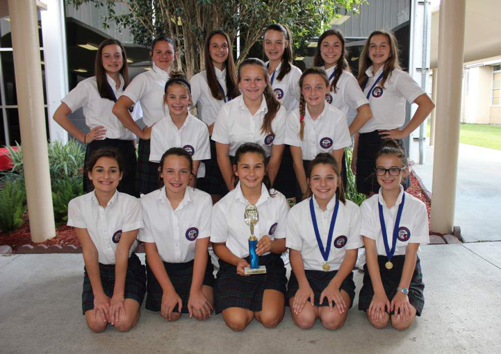 St. Theresa cheerleaders earn awards at clinic _lowres