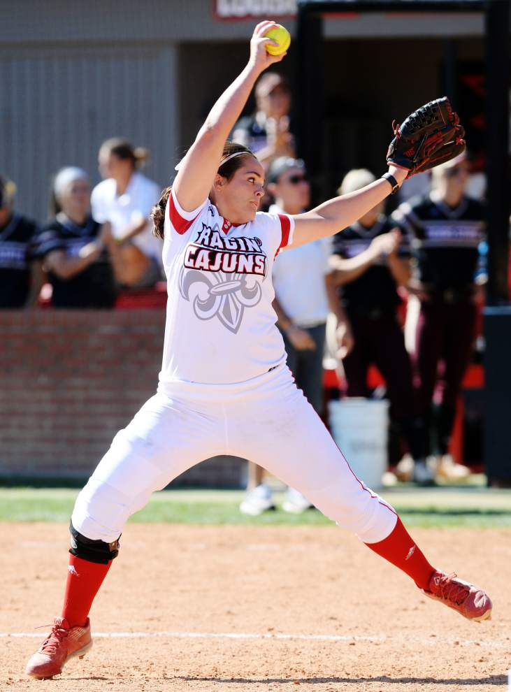 Cajuns softball team runs Sun Belt series winning streak to 25 by sweeping Texas State _lowres
