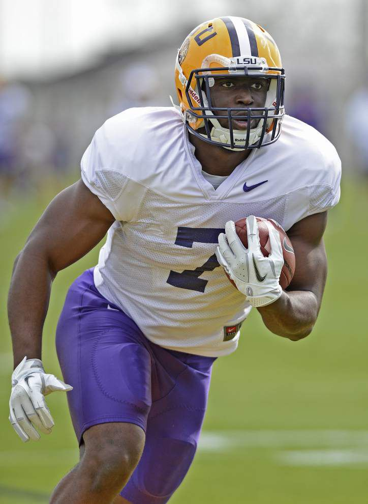 After LSU spring practice resumes, Les Miles on his Cuba trip, Kendell Beckwith's status, more _lowres