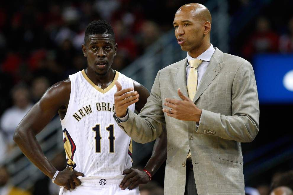 Pelicans guard Jrue Holiday remains out with stress reaction injury in his lower right leg and will be re-evaluated by team doctors in three weeks _lowres
