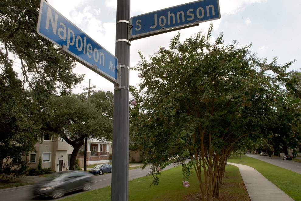 Narrow the neutral ground on Napoleon Avenue? Some residents say eliminate traffic lanes instead _lowres