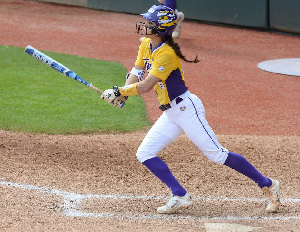 LSU softball team rides 9-game winning streak into Tuesday matchup with ULM _lowres
