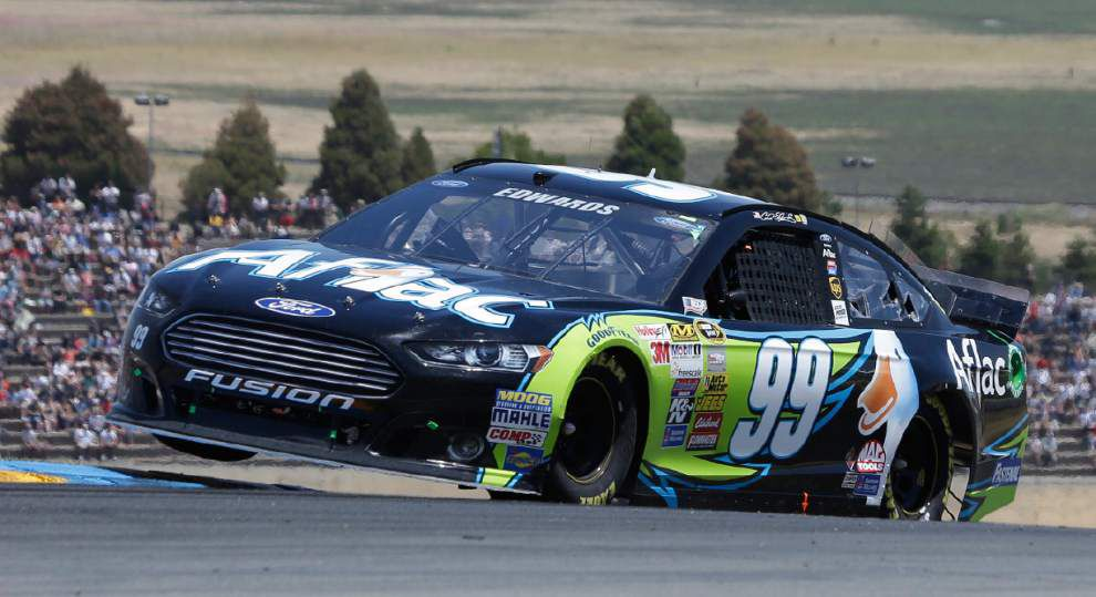 Carl Edwards gets first road course win _lowres
