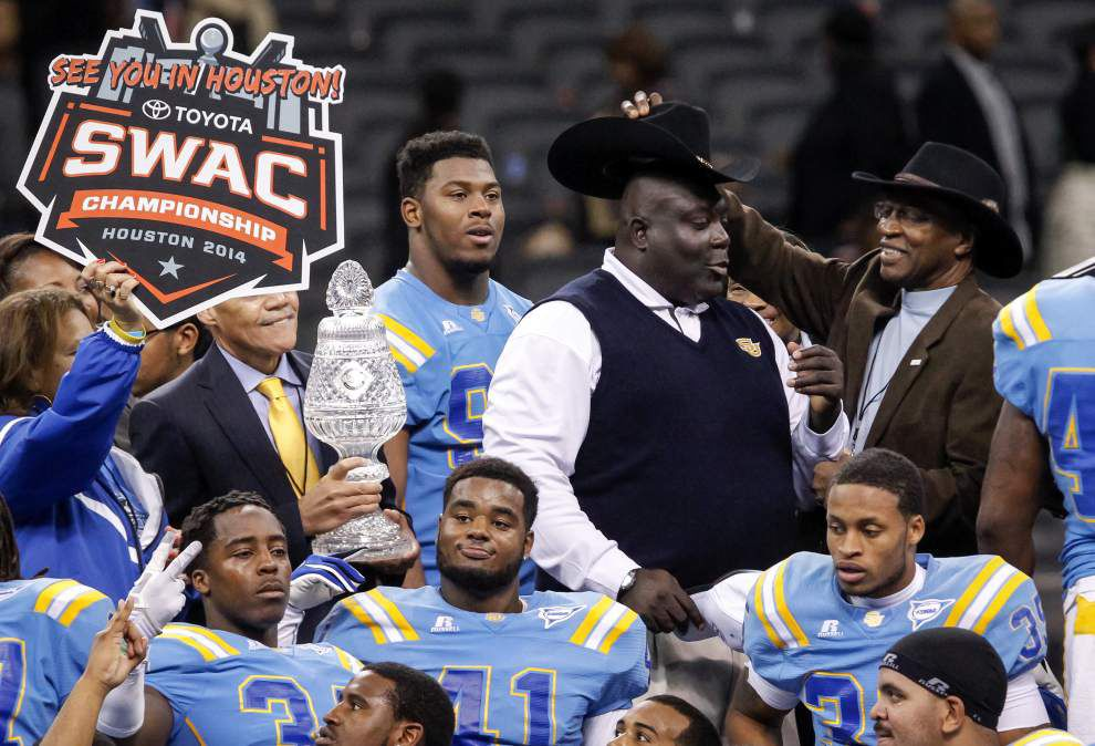 """Video: Southern defensive end Arthur Miley says """"we got a good push"""" on the final play of the Bayou Classic _lowres"""